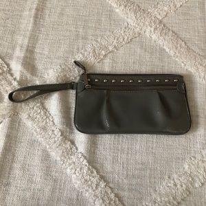 Candie's gray wristlet